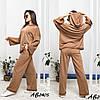 Стильний молодіжний жіночий костюм трійка оверсайз: широкі штани і кофта з капюшоном і з шортами, фото 3