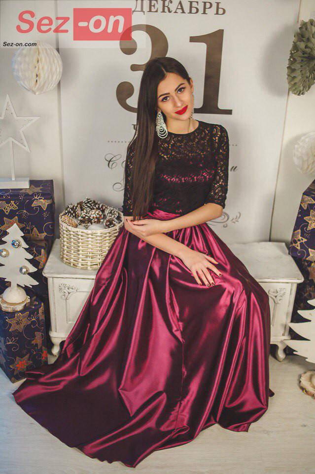 Платье женское длинное из атласа и гипюра - Бордовый - Sez On - Ваш сезон успешных покупок. в Одессе