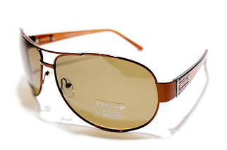 Чоловічі сонцезахисні окуляри Еверон P15001 D репліка Коричневі з поляризацією