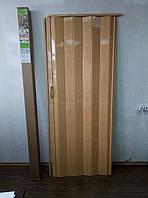 Двери гармошка глухая   810 х 2030  Сосна Медовая №10 №10