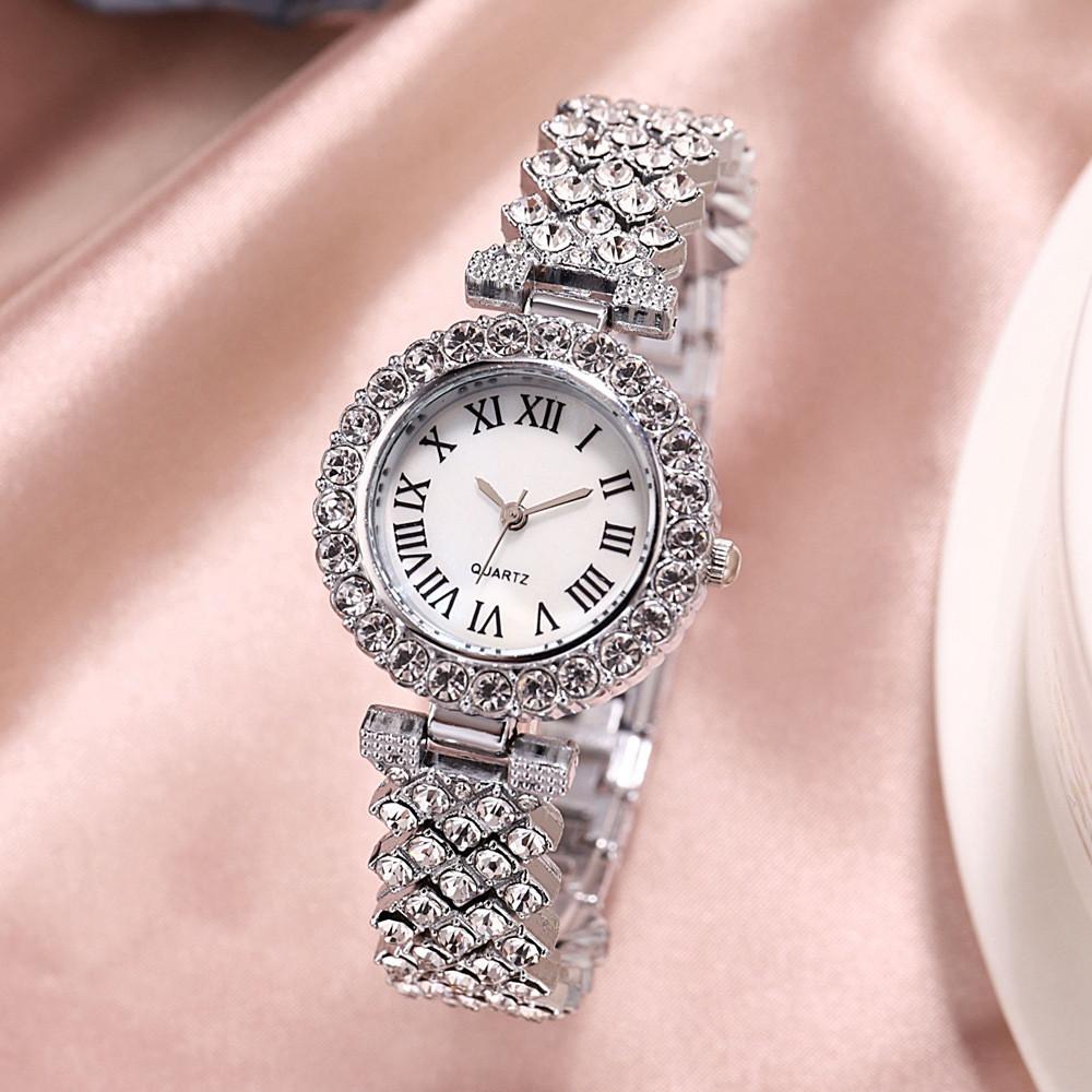 Жіночі кварцові годинники з сріблястим браслетом код 648