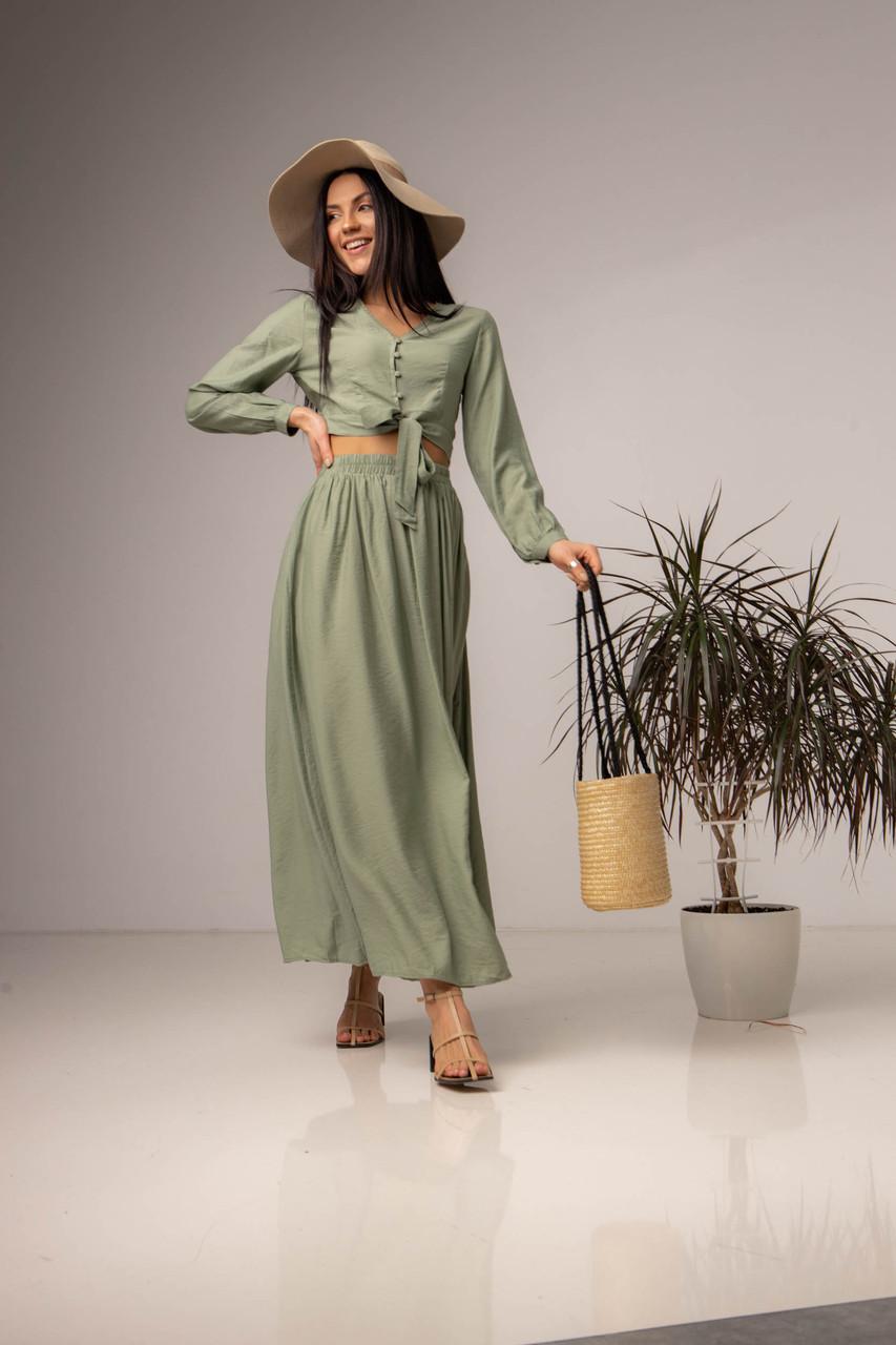Однотонный костюм с длинной юбкой и укороченной блузой в 3 цветах в размере S, M, L