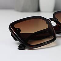 Солнцезащитные очки женские квадратные коричневые