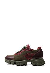 Зеленые кроссовки с бордовыми вставками на толстой подошве