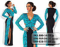 Шикарное женское длинное платье из французского трикотажа со вставками гипюра по бокам голубое