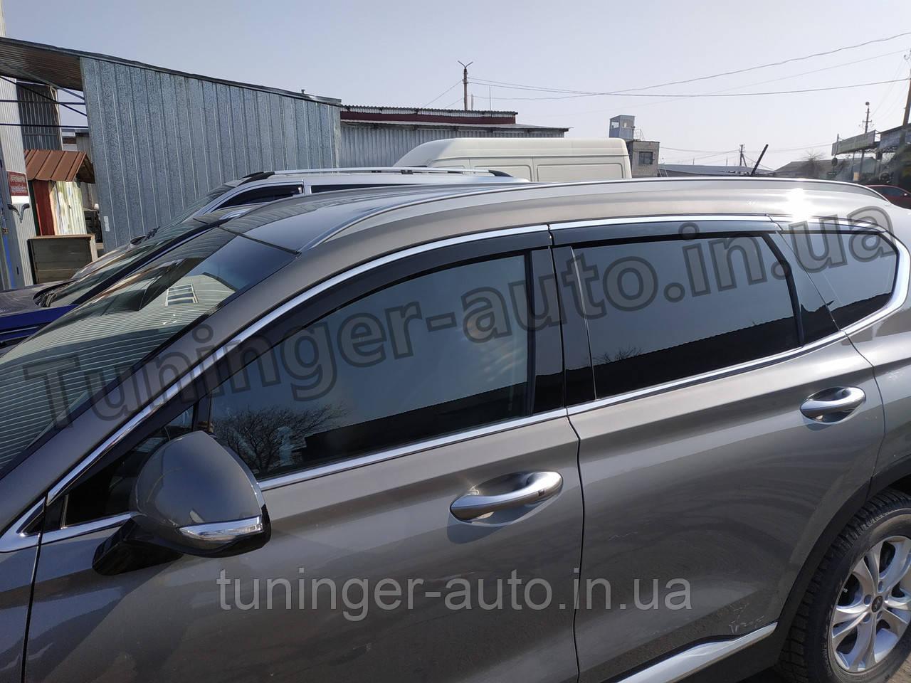 Дефлектори вікон, вітровики з хром молдингом Hyundai Santa Fe 2018 - 6шт. (D983/AutoClover)