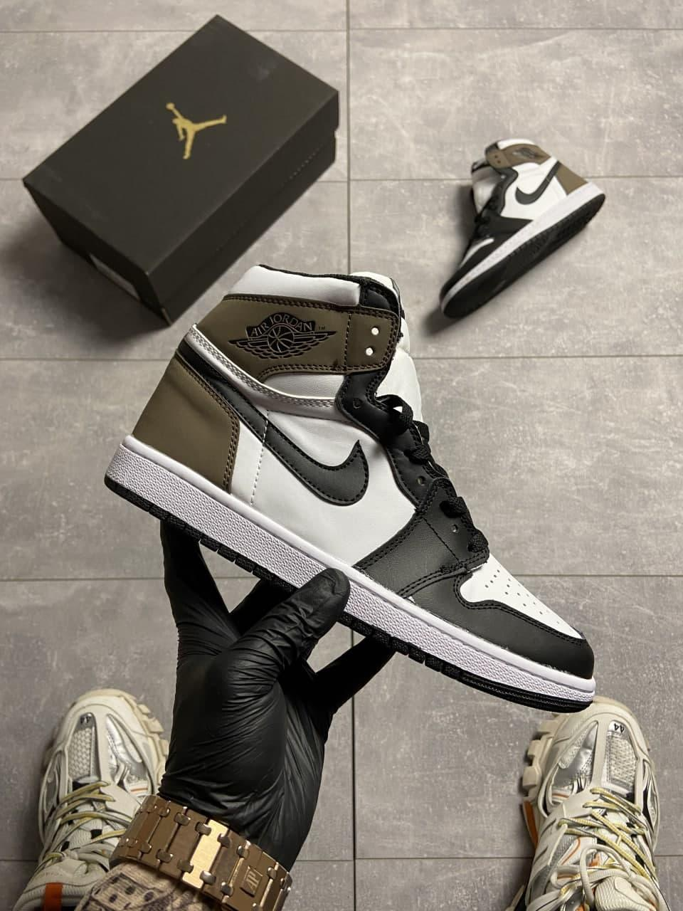 Nike Air Jordan 1 Darck Mocha (Белый Коричневый)