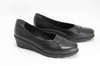 Туфли женские на танкетке  BURC 4056-siyah