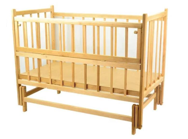 Детская кроватка деревянная шарнир-маятник с откидной боковиной