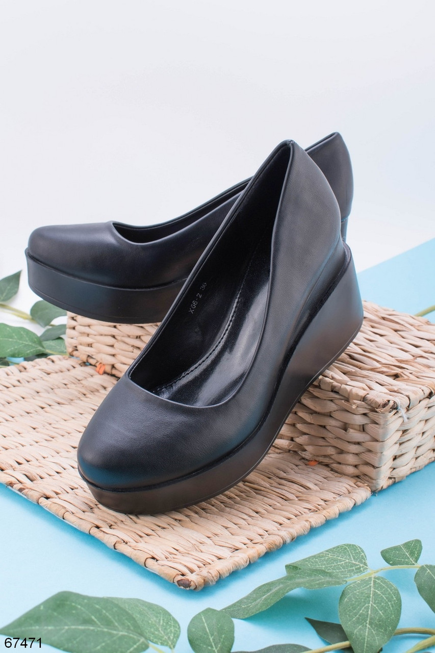 Стильные туфли женские на танкетке черные эко-кожа