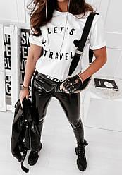 Жіноча футболка з написом