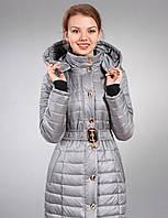 Теплая курточка с капюшоном  и оригинальным поясом