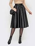 Чёрная юбка длиной миди из экокожи, фото 2