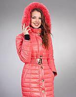 Зимняя курточка со съемным капюшоном модного цвета