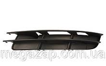 Решетка бампера левая Audi Q7 (06-09)