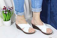 Шльопанці жіночі шкіряні на танкетці Aras Shoes 245-beyaz, фото 3