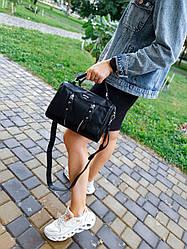 Шкіряна жіноча сумка розміром 26х19х12 см Чорна (01260)