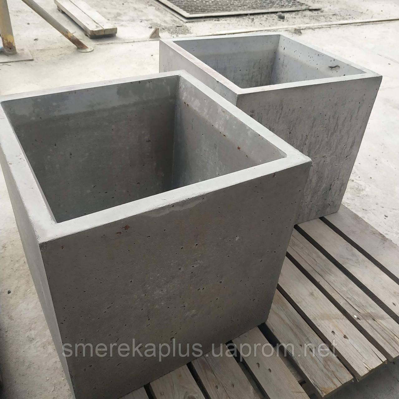Вазон бетонний 500х500х500