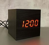 Настільний годинник VST-869-1 темне дерево з червоним підсвічуванням