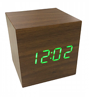 Настольные часы VST-869-4 коричневое дерево с зелёной подсветкой