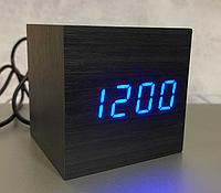 Настільний годинник VST-869-5 темне дерево з синім підсвічуванням