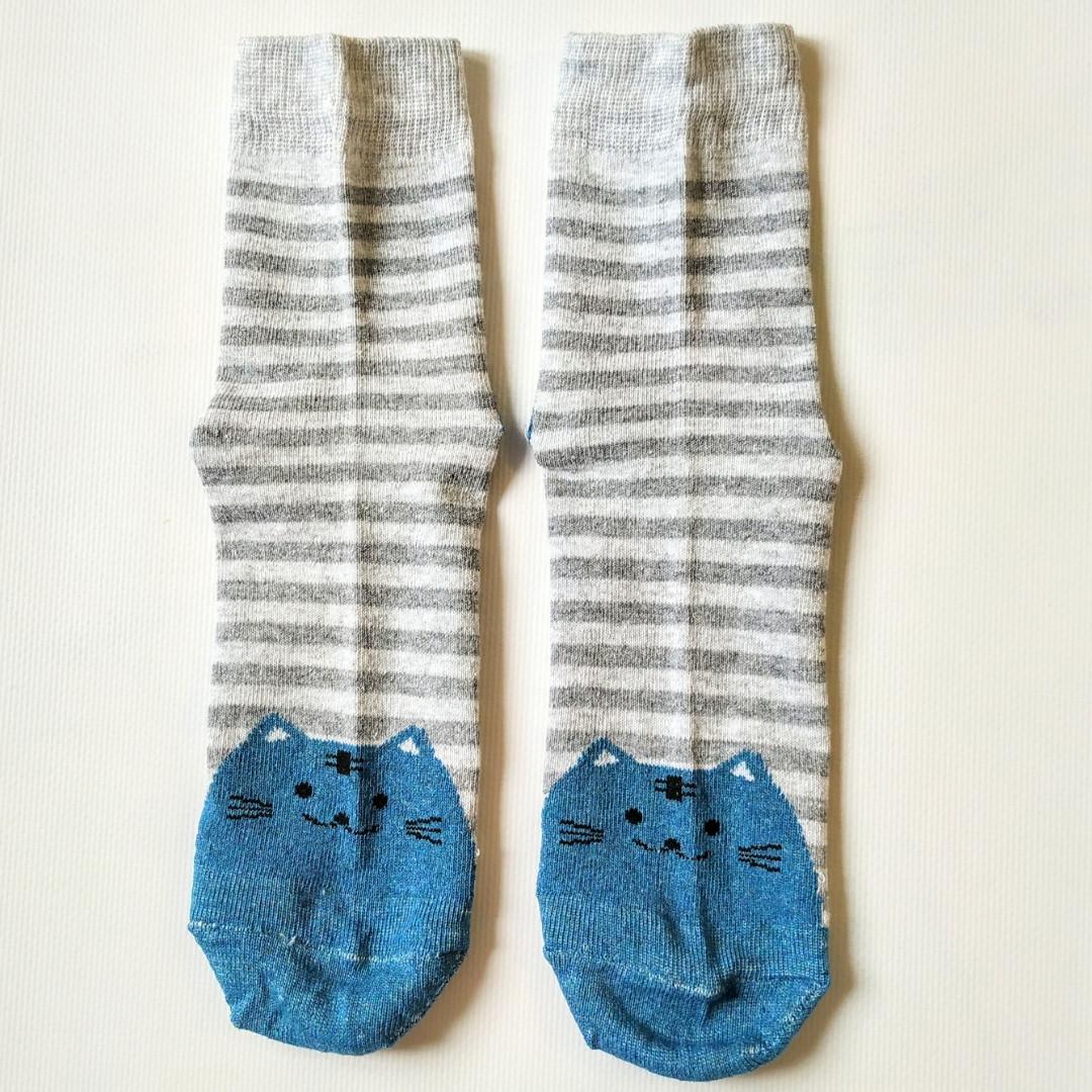 Шкарпетки жіночі в сіру смужку мордочки котика на п'ятах і шкарпетках розмір 37-41