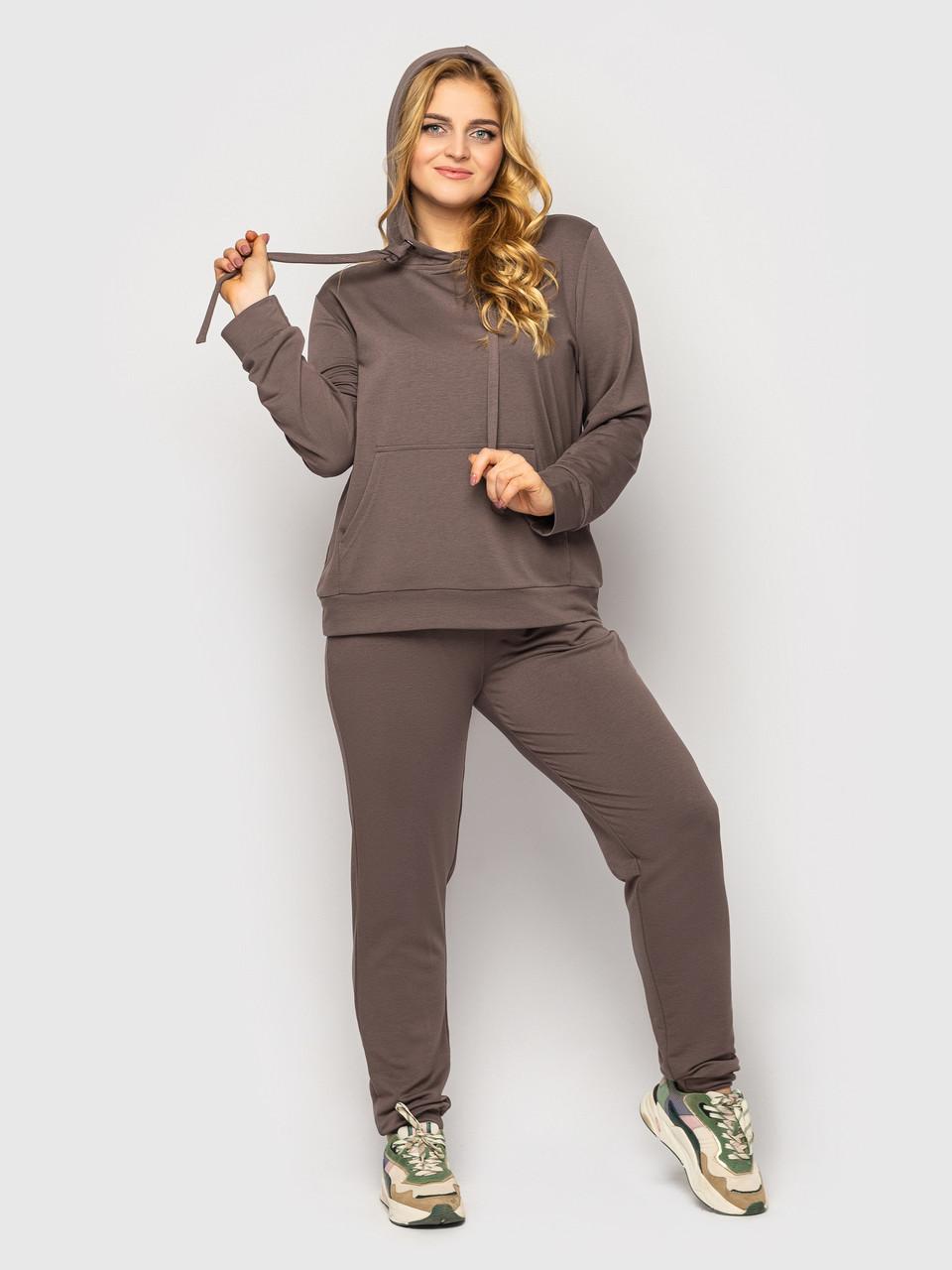 Батальний жіночий спортивний костюм на весну кольору мокко