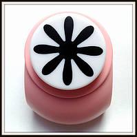 Дырокол фигурный Цветок 3,8 см кнопка