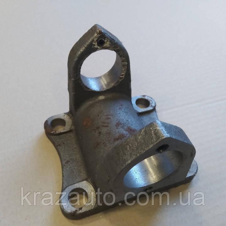Вилка-фланец вала карданного КАМАЗ , ЗИЛ 5320-2201023 / 130-2201023 / 130-2202023
