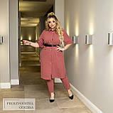 Легкий жіночий батальний костюм зі штанів і сорочки під пояс (р. 50-60), фото 6
