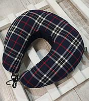 Оригинальный подарок шефу. Подушка для путешествий EKKOSEAT. Шотландия. Бинарная с велюровой вставкой под шею.