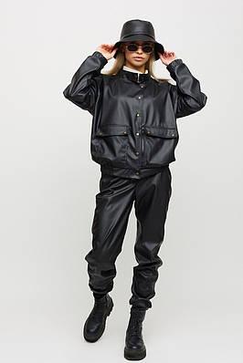 Стильный женский черный костюм из экокожи