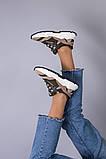 Кросівки жіночі замшеві колір хакі з вставками з сітки, фото 8