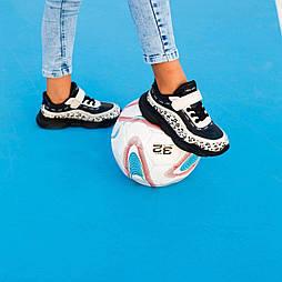 Детские кроссовки на липучках, последний размер  33 - 21 см, замеры в описании