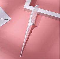 Гребеньдля моделирования причесок с хвостиком белый