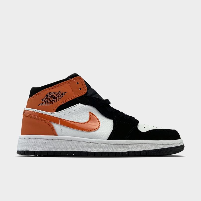 Жіночі кросівки Nike Air Jordan 1 White Black Orange