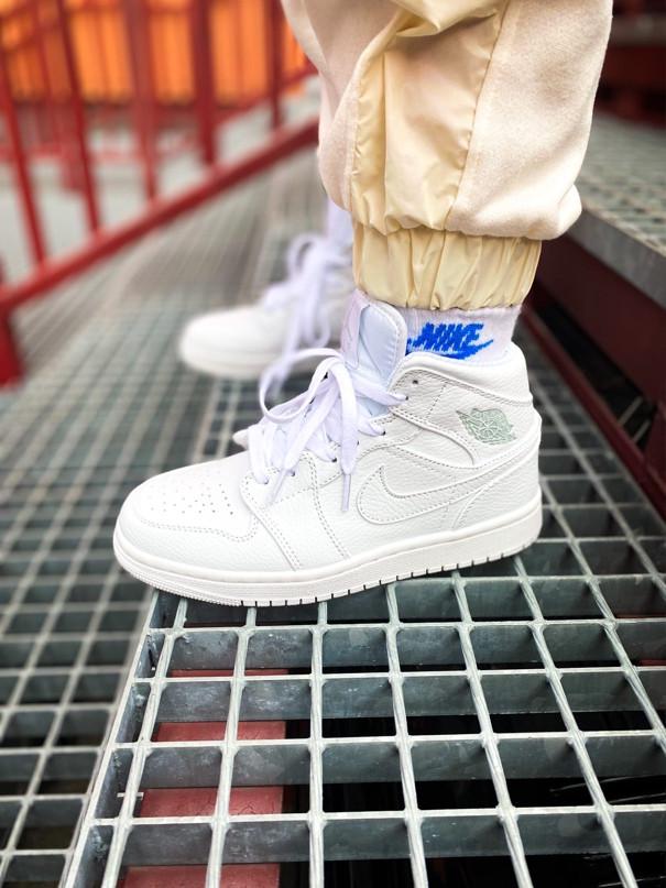 "Мужские/Женские кроссовки Nike Air Jordan 1 Mid ""White"""