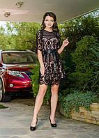 Укороченное черное ажурное женское платье с коженным поясом