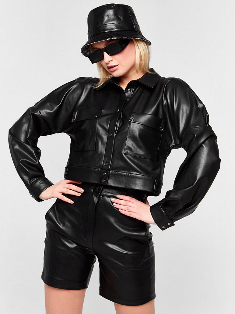 Женская куртка черная из еко-кожи SOLH MKSH2611