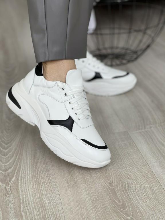 Женские кроссовки кожаные весна/осень белые Larsena Style