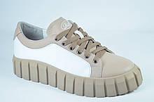 Женские стильные кожаные туфли кеды белые с кофейным Road Style 038.16/11