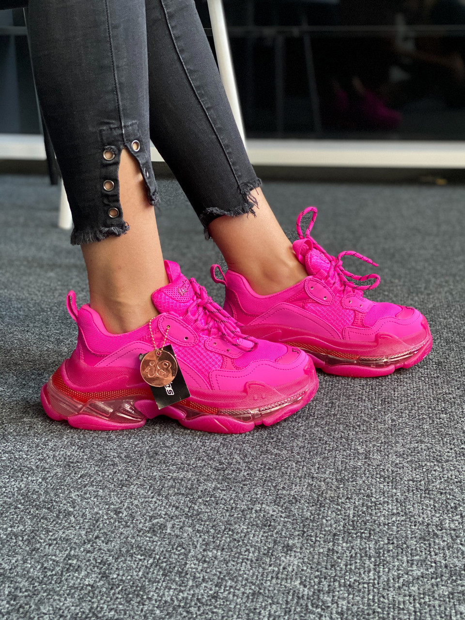 Розовые кроссовки Balenciaga Triple S Clear Sole Pink
