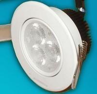 Встраиваемый светодиодный светильник 220В 3х1 Вт БЕЛЫЙ ТЕПЛЫЙ