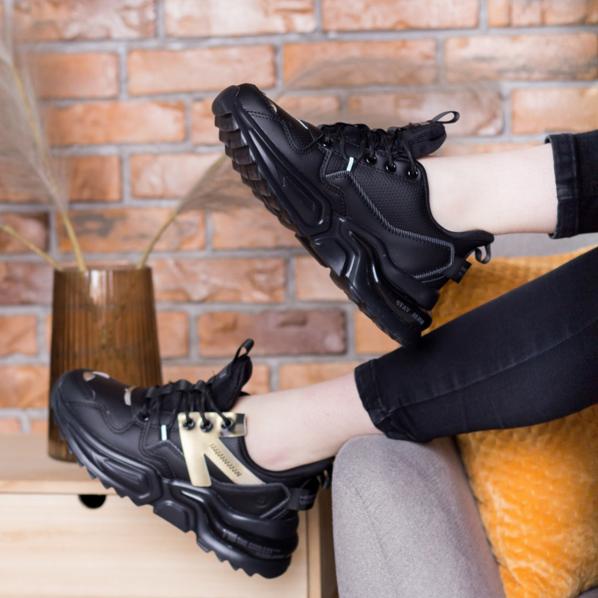 Кросівки жіночі Fashion Querida 2695 36 розмір, 23,5 см Чорний 38