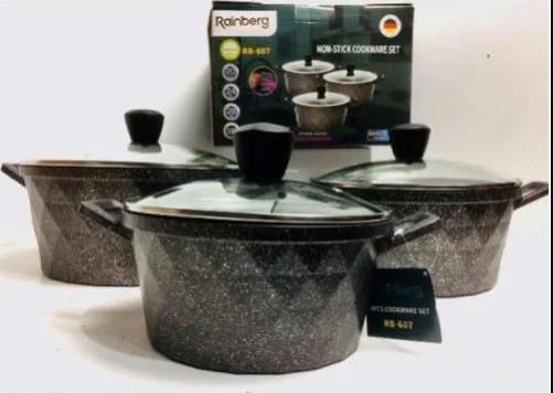 Набор посуды с антипригарным покрытием 10 предметов.
