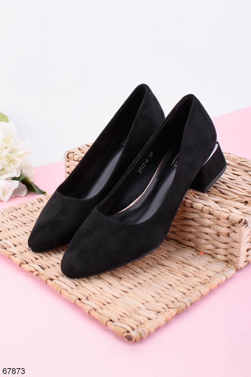 Жіночі чорні туфлі на підборах 5 см еко - замш