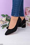 Жіночі чорні туфлі на підборах 5 см еко - замш, фото 2