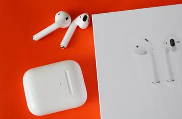 Наушники Apple Airpods 2 Белые. Люкс качество!
