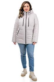 Демисезонная женская куртка весна 2021 из стеганной плащевки белого цвета, размеры плюс сайз 50-60
