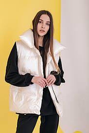 Женская белаяжилетка безрукавка Оверсайз
